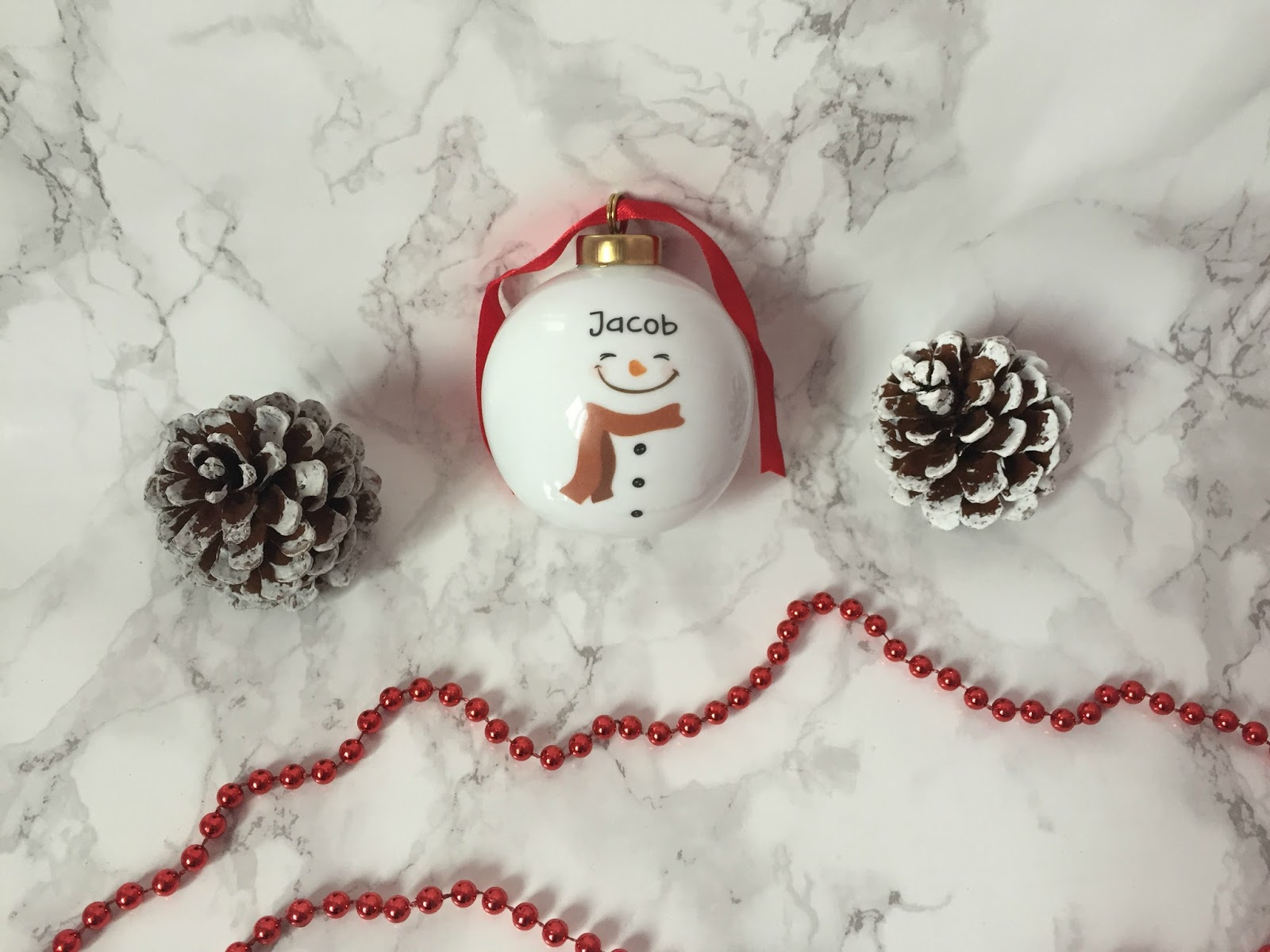Christmas Gift Ideas For Young Families Part - 20: Personalised White Chine Snowman Bauble