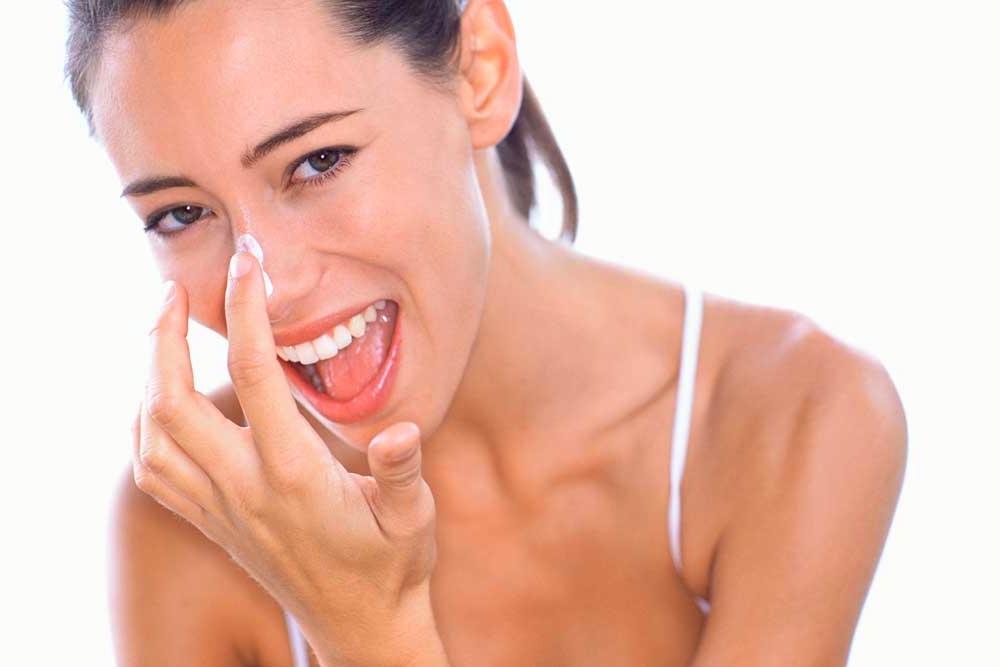 Cara Menghilangkan Komedo Hitam di Wajah dan Hidung