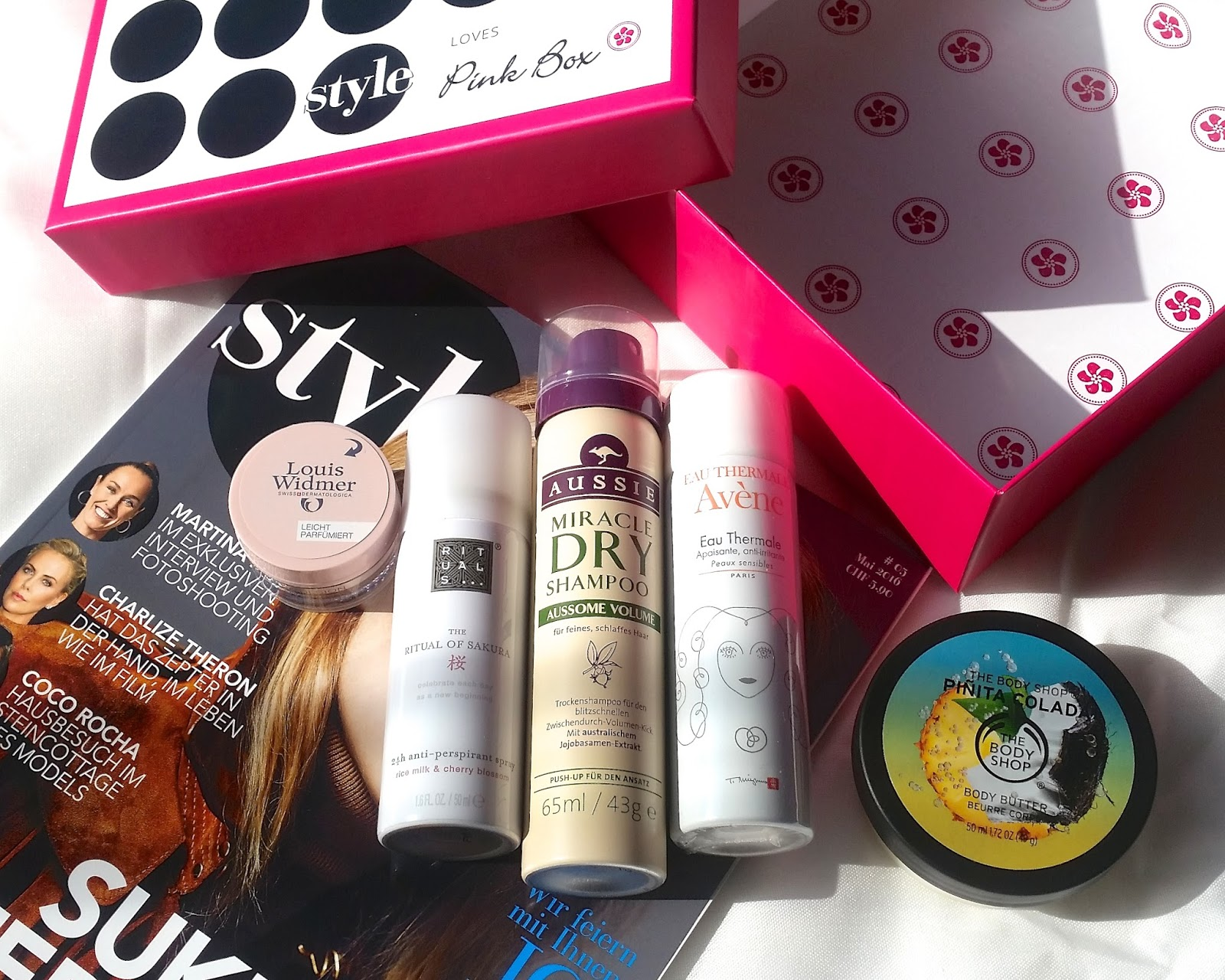 https://meinschminktisch.blogspot.ch/2016/05/style-loves-pink-box.html