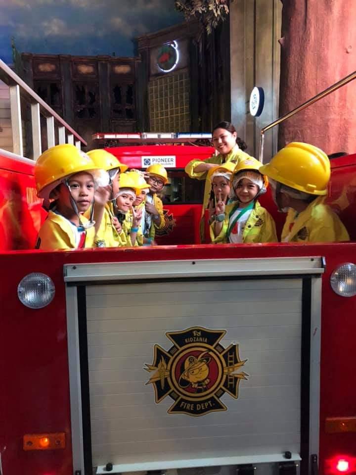 Makati public school children visited Kidzania Manila