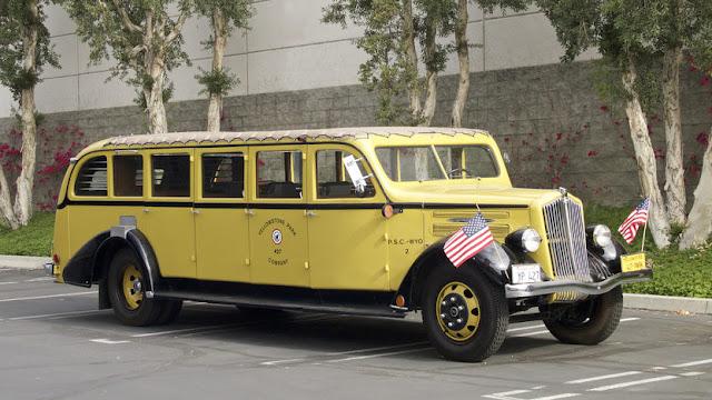 1937 White Model 706 at Mecum Auctions, Monterey, California 2016