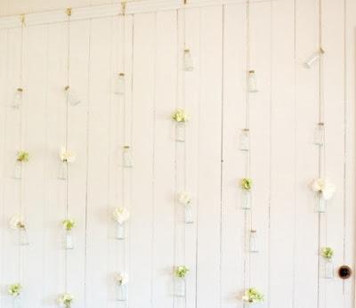 11 Hiasan Dinding Kamar dari Kertas Kado unik