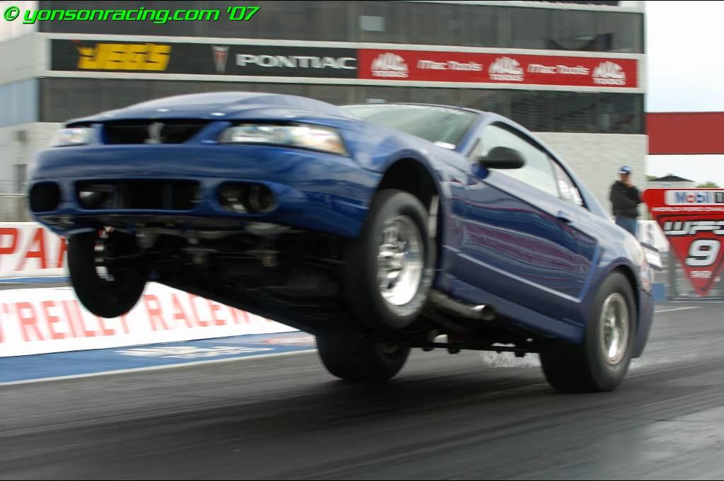 drag%2Bradial%2BMustang Το απόλυτο σώσιμο ενός αφηνιασμένου dragster Dragster, Ford, Ford Mustang, videos