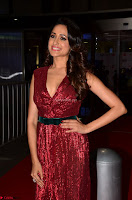 Pragya Jaiswal stunning Smiling Beauty in Deep neck sleeveless Maroon Gown at 64th Jio Filmfare Awards South 2017 ~  Exclusive 033.JPG