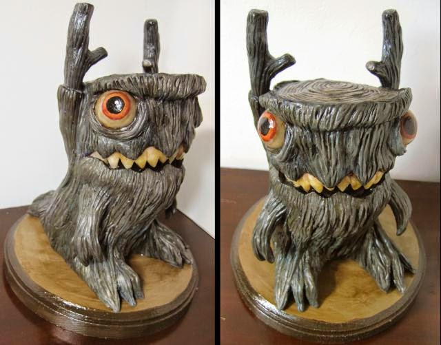 16-Stump-Creature-Deanna-Molinaro-aka-Chickenshoot-Odd-Clay-Sculptures-www-designstack-co
