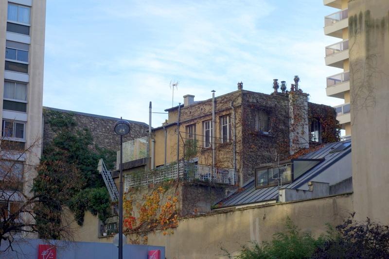 Paris  Maison du matreverrier Louis Barillet signe par larchitecte Robert MalletStevens