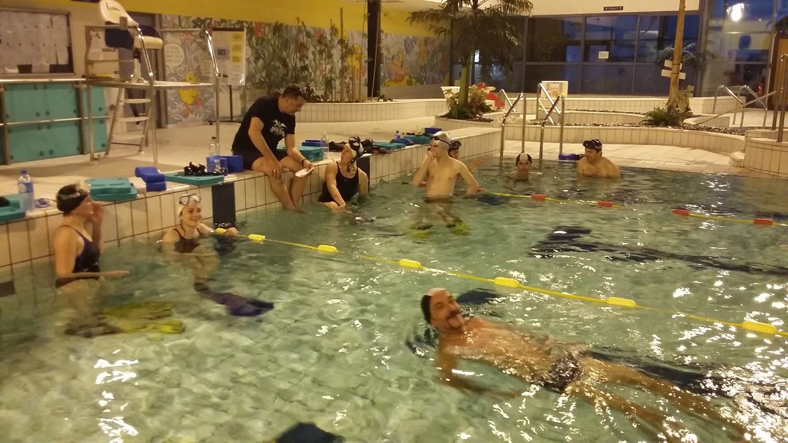 Narco blog derni re s ance piscine du 27 04 17 for Piscine 27