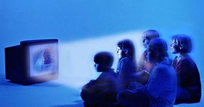 تأثير التلفزيون السلبي على الأطفال و المراهقون