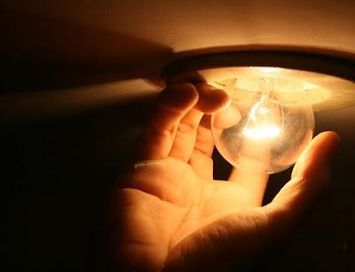 Justiça derruba liminar e aumento de energia entra em vigor retroativamente