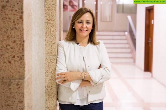 Nieves Lady Barreto se compromete a ampliar a todo el año el dispositivo especial contra incendios del Cabildo