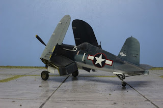 F4U-1A ( ailes repliées) de Tamiya au 1/48.
