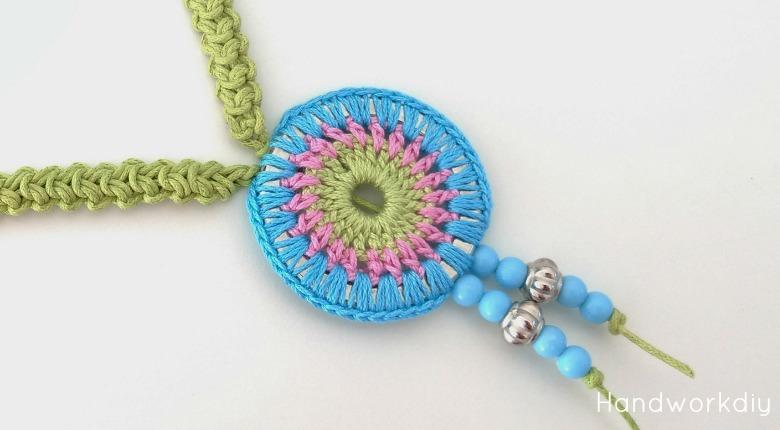 en venta 05ea1 352cb Handworkdiy: Collar de crochet a todo color