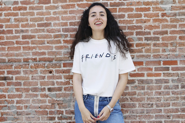 FRIENDS T-SHIRT OUTFIT Blog Falling for A