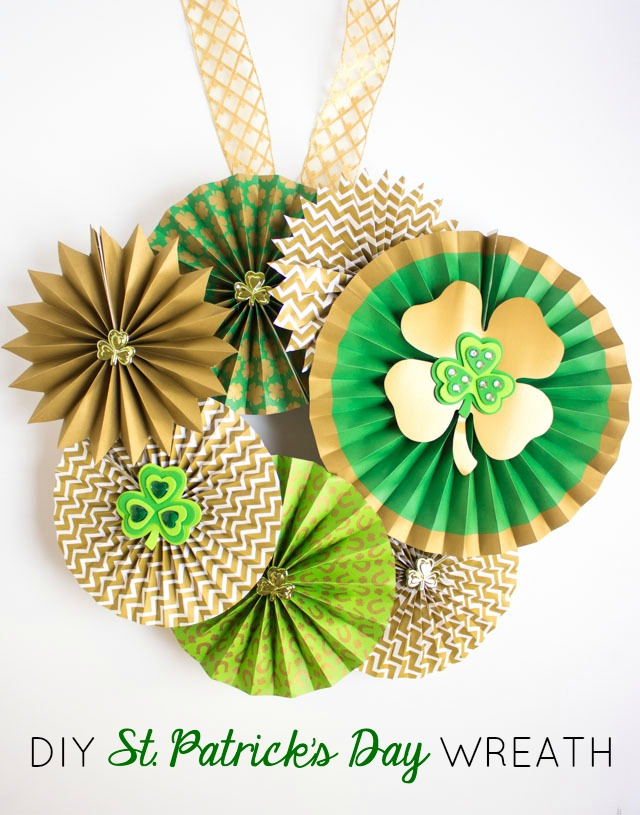 The prettiest St. Patrick's Day wreath you ever did see!