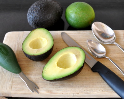 Tool Tip: One Avocado Knife vs the Three Common Kitchen Tools That Replaced It @ AVeggieVenture.com.