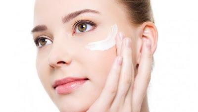 Conseils pour prévenir les rides du contour des yeux : recette sérum naturel