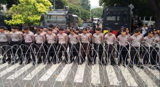 Ada yang Bawa Bom Molotov dan Bambu Runcing, Jakarta Siaga Satu