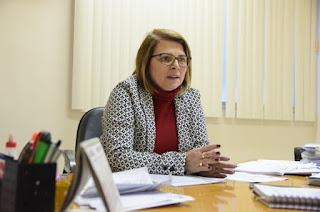 http://vnoticia.com.br/noticia/2336-contadora-sanfranciscana-assume-secretaria-da-transparencia-e-controle-de-campos