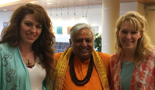 "Andrea (left) and Sara Forman (right), lead singers of Shanti Shanti rock band, presenting the first copy of their new album ""Veda"" to acclaimed Hindu leader Rajan Zed (center) in Nevada (USA)."