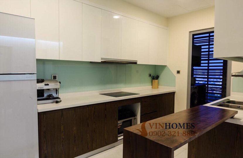 Park 4 Vinhomes cho thuê căn hộ 4 phòng ngủ view trực diện công viên | phòng bếp