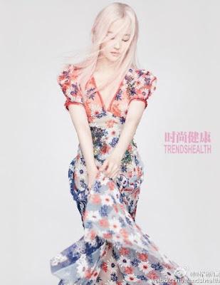 Liu_Yifei_Pink_Silver_Hair