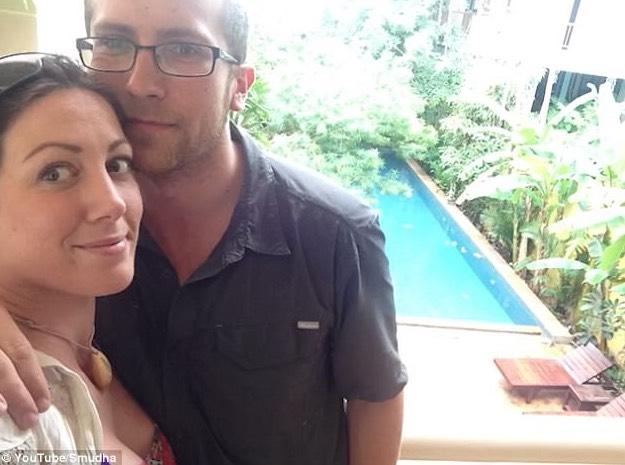 Cincin Kahwin Dalam Loket Selama 18 Bulan