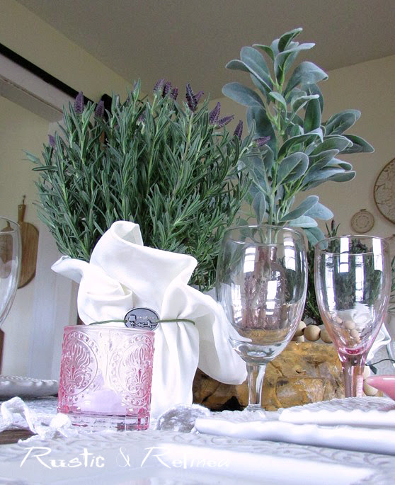 Quick and Easy Tablescape Ideas for Entertaining.
