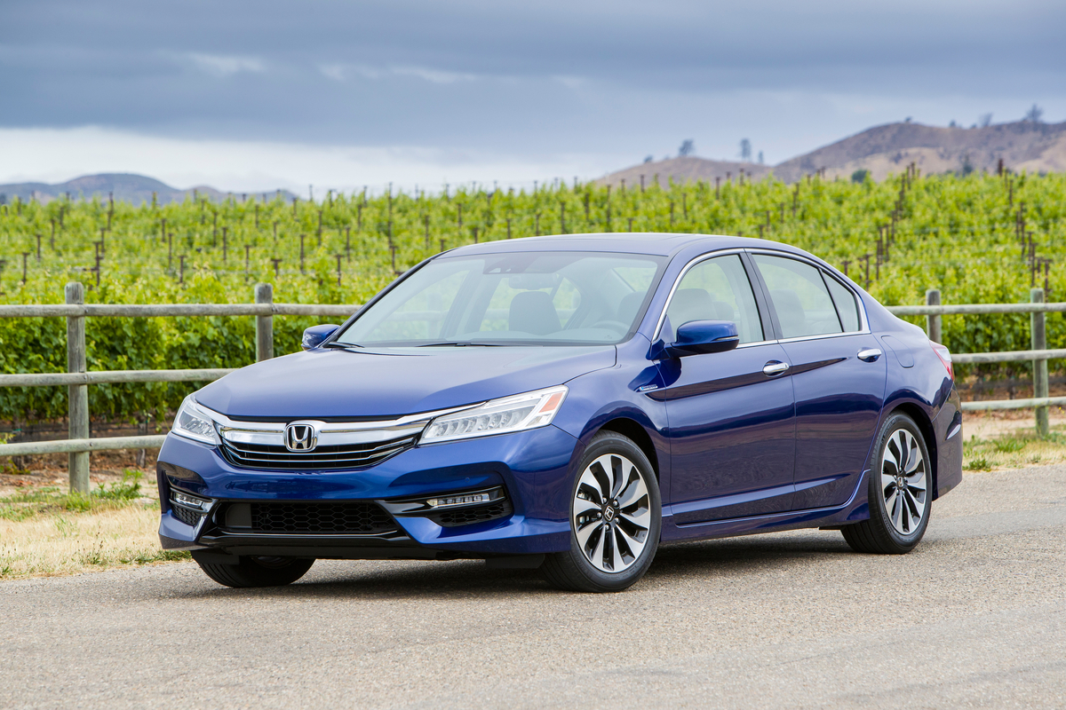 Honda Accord Hybrid 2017 hứa hẹn sẽ gia tăng doanh số dòng Hybrid tại Mỹ cho Honda