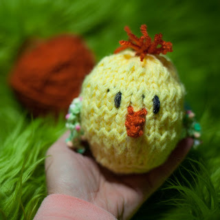 Loom Knit Chick, Chicken Pattern Easter Egg