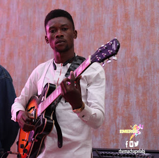 [Music] Teni Uyo meyo guitar cover by Tee string