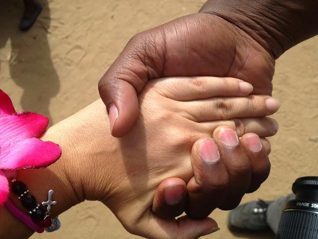 Alinafe-Bitrix en Malawi 2013 - Sabíamos a los que nos arriesgábamos - Beatriz Tello