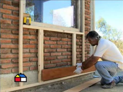 C mo instalar siding de fibrocemento h galo usted mismo - Molduras para paredes exteriores ...
