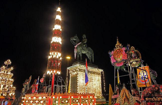 Памятник Королю Раме 5 Бангкок