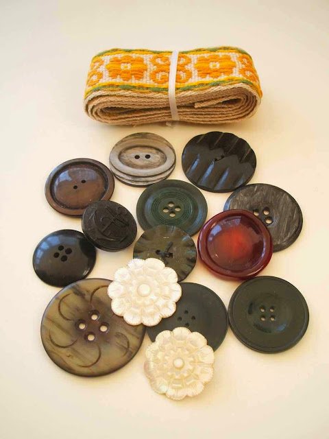 vintage trim and vintage buttons
