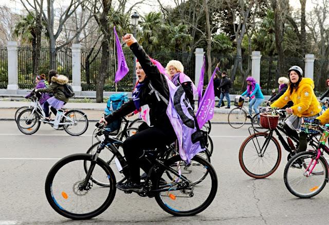جوجل يحتفل باليوم العالمي العالمي للمراه على مستوي العالم - عائشة وأخواتها - احتفالات حول العالم بالذكرى الـ109 لليوم العالمى للمرأة
