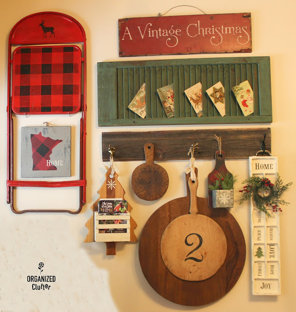 Rustic Christmas Vignettes #upcycle #repurpose #cuttingboard #drawer #buffalocheck