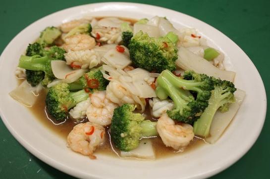 Resep brokoli kuah jamur gurih lezat