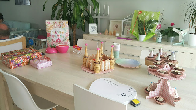 decoration-table-1er-anniversaire-fille
