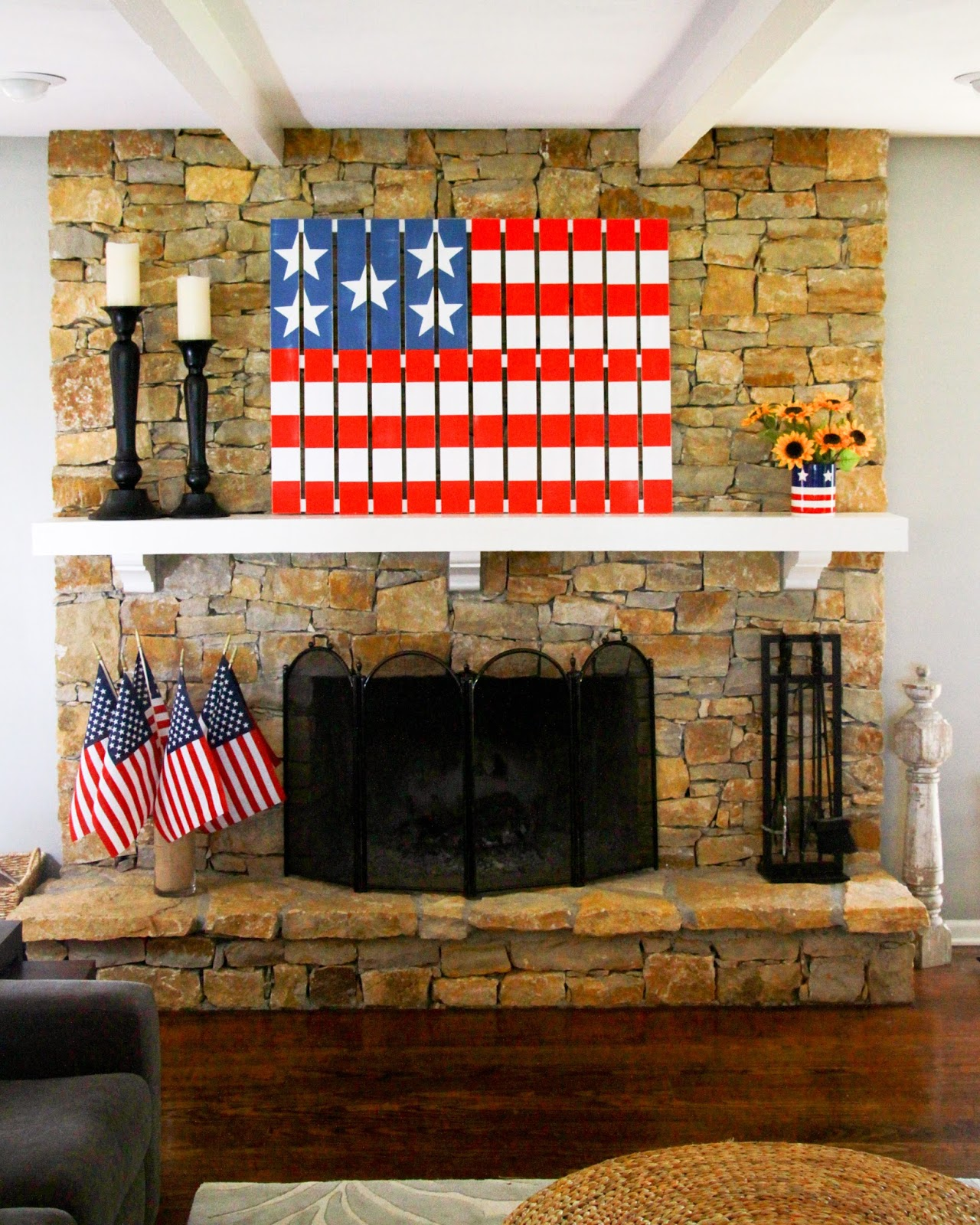 midwestern mama diy flag pallet and some other patriotic crafts