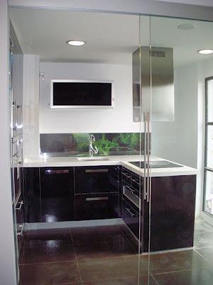 Decoraciones y mas modernas puertas correderas de cristal - Puerta cocina cristal ...