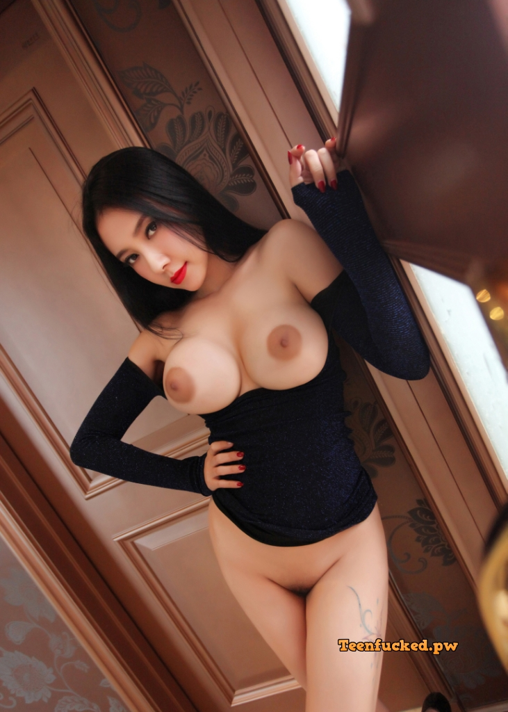 FLXy7dyy qg wm - Sexy cute asian girl model 2020 best big tits