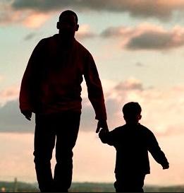Ayah sendiri yaitu salah satu sosok sentral dalam masa pertumbuhan kita dimana ayah menj Contoh Puisi ihwal Ayah | Kumpulan Puisi untuk Ayah Tercinta