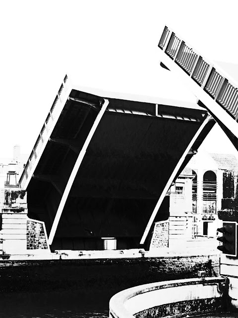 Black and White photo of Weymouth Town Bridge raised.
