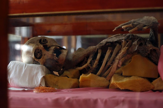 Yemen war threatens millennia old mummies