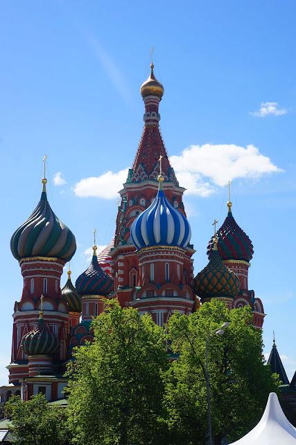 Изображение расписных куполов Собора Василия Блаженного, расписных
