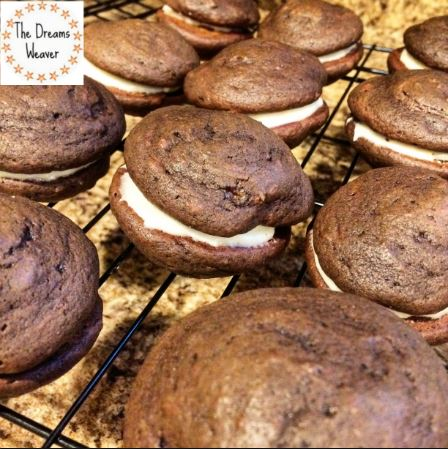 The Dreams Weaver ~ Chocolate Pumpkin Whoopie Pies