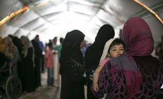 Der Tagesspiegel: Διαβρώνει την Ευρώπη η αποτυχία της στο προσφυγικό