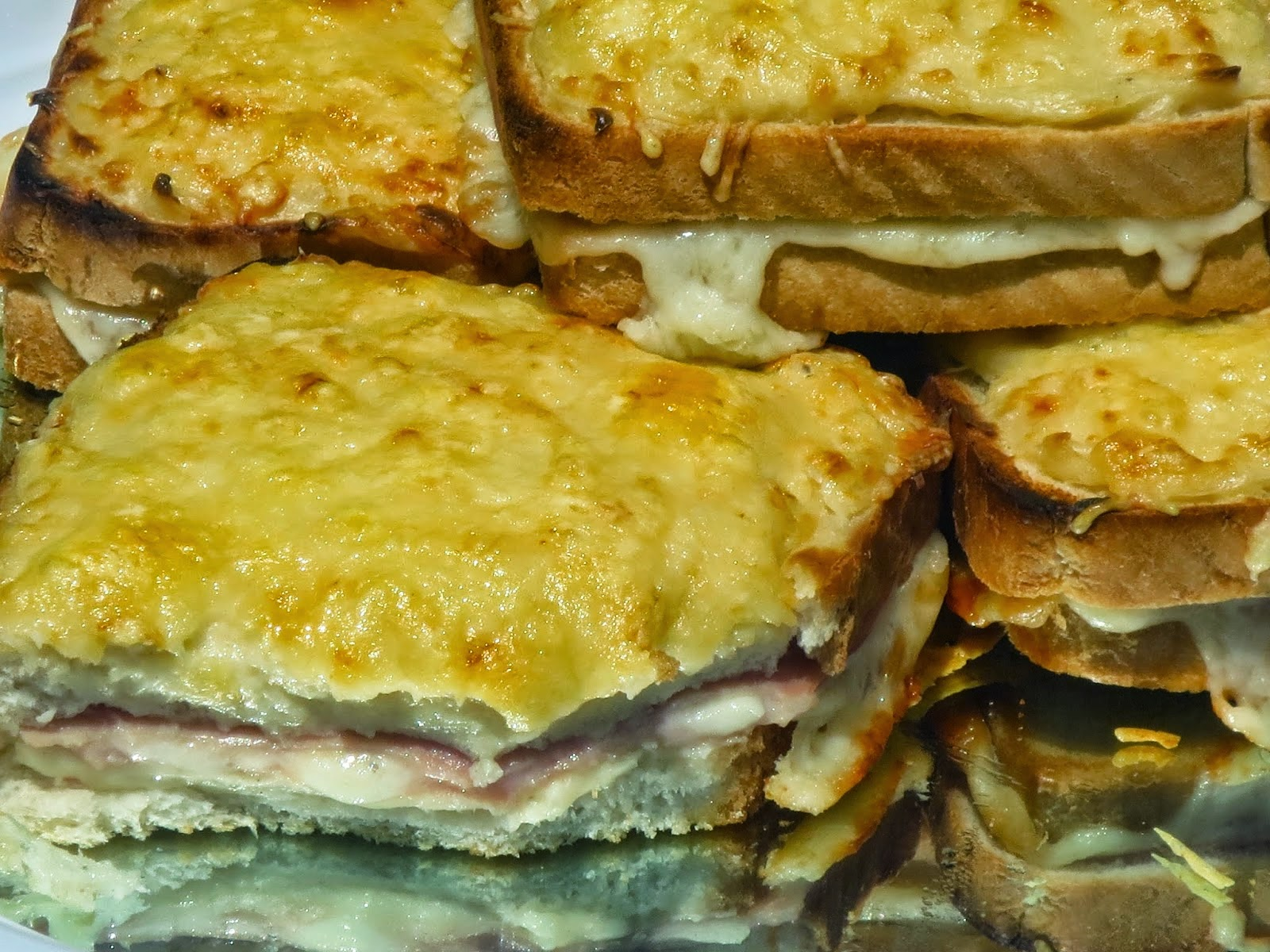 Sandwich Croque-monsieur Ana Sevilla cocina tradicional
