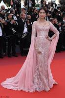 Sonam Kapoor looks stunning in Cannes 2017 025.jpg