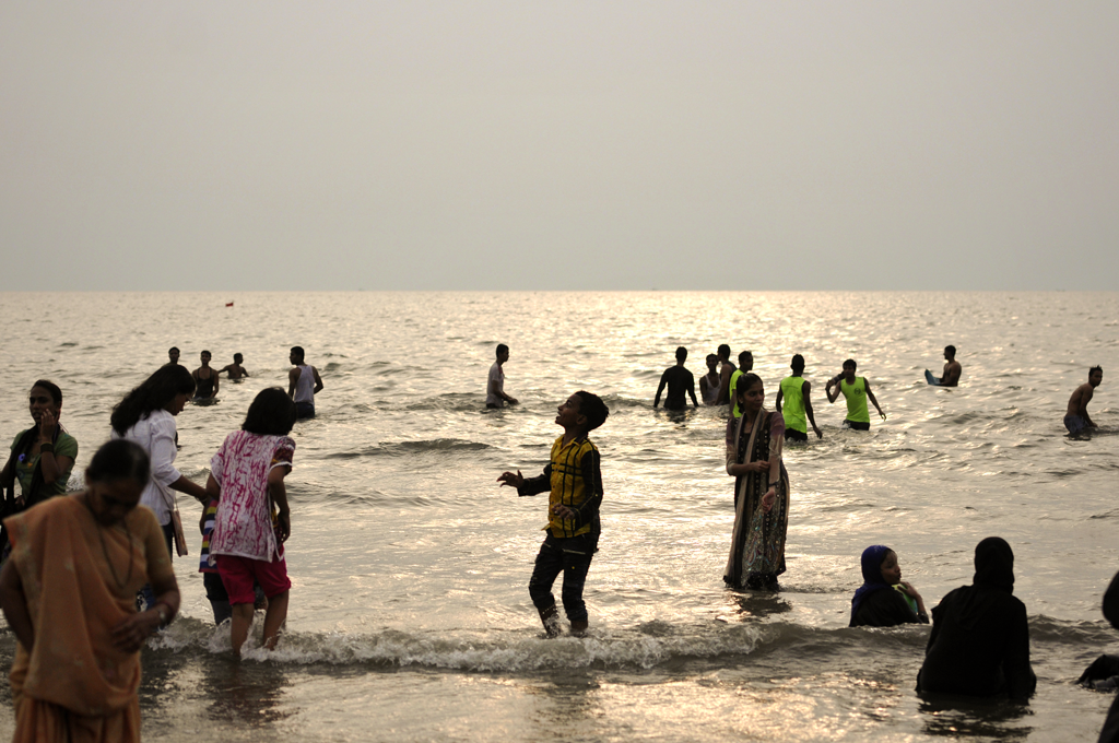 This is a Juhu Beach photo from Mumbai in India.